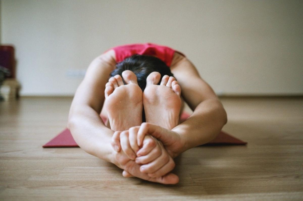 mal de dos yoga soulager avec des postures