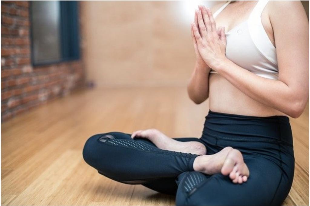 cours en ligne yoga gratuits les meilleurs cours de yoga